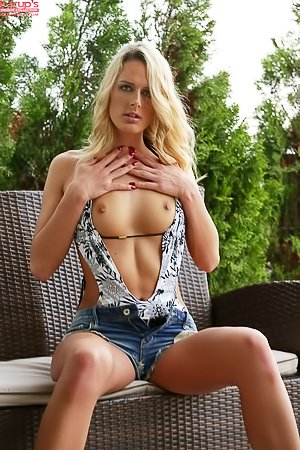 Chelsey Lanette: Long-legged blonde in denim shorts ends up undressing and fingering